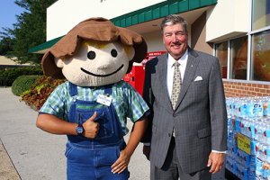 Ray Mattes with Farm Fresh mascot